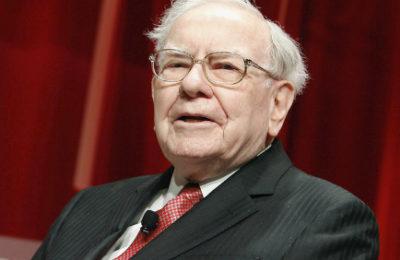 Warren Buffett (Paul Morigi/Getty)