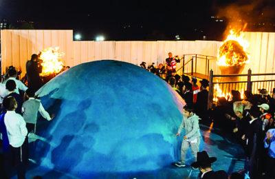 Lag b'Omer festivities on Mt. Meron in northern Israel, 2015. (Basel Awidat/Flash90)